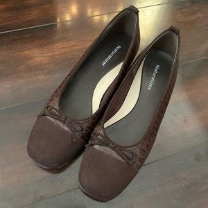 Naturalizer Brown Leather Flats with Bows